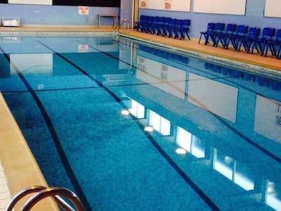 Swimming Lessons Sweyne School